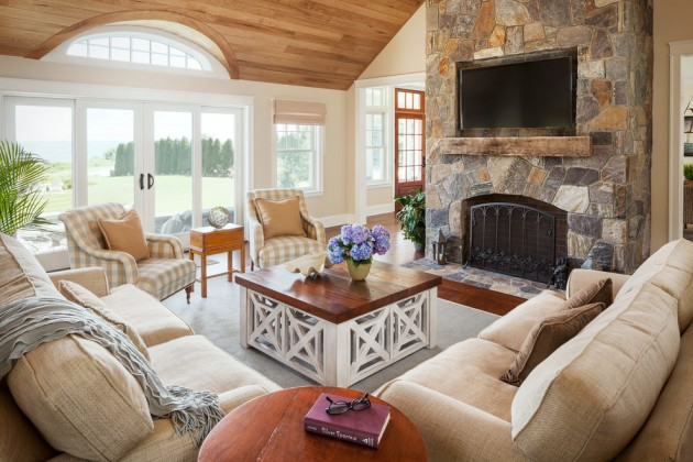 15 relaxed transitional living room designs to unwind you for Living room and family room ideas