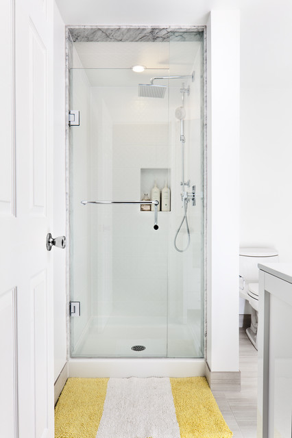 Corner Shower Stalls For Small Bathrooms >> 18 Small but Functional Shower Design Ideas