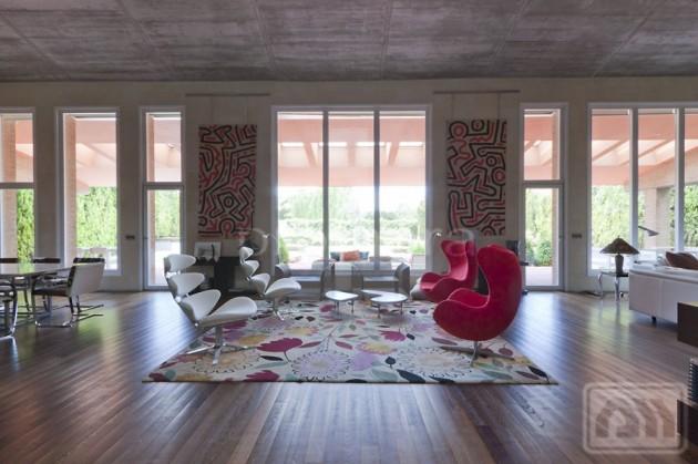 7 Impeccable Luxury Villas Located in La Finca, North West Madrid