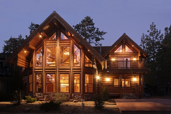 10 beautiful dream mountain cabin designs that look like for Large luxury log homes