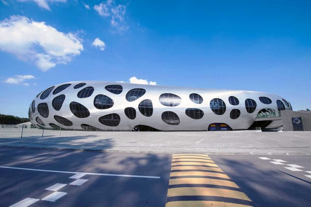 15 Fabulous Contemporary Buildings From All Over The World That Will Admire You