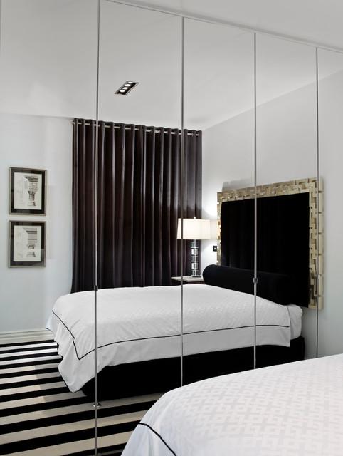 17 Irresistible Closet Designs With Mirror Doors