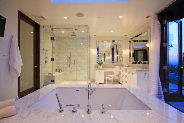 15 glamorous contemporary bathroom interior designs you ll for Ll bathroom design