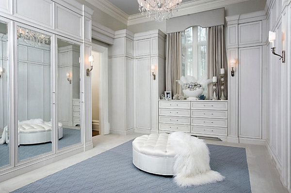 17 Irresistible Closet Designs With Mirror Doors