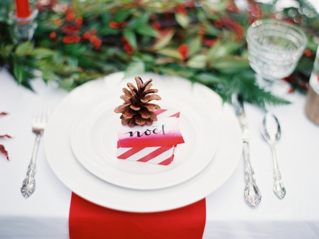 17 Lovely & Budget Friendly DIY Christmas Place Cards