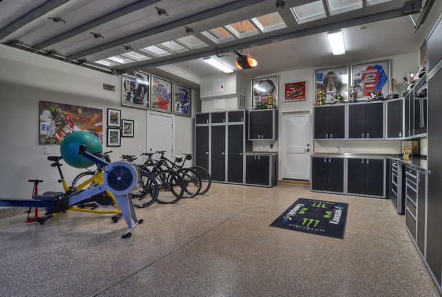 Clever tips how to make useful organized garage