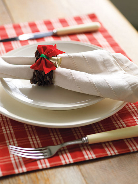 17 Fascinating Diy Christmas Napkin Holders To Add A Festive Touch