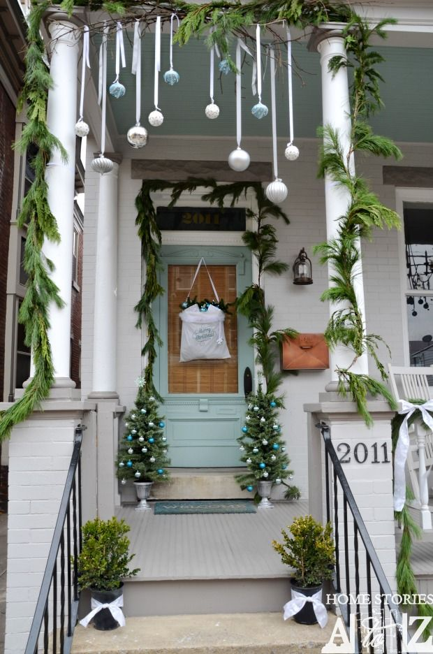 Decorate Living Room: 18 Most Striking DIY Christmas Porch Decorations That Will