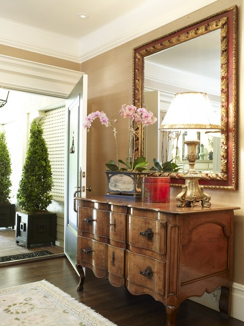 15 Creative Ways To Set Mirror in The Hallway