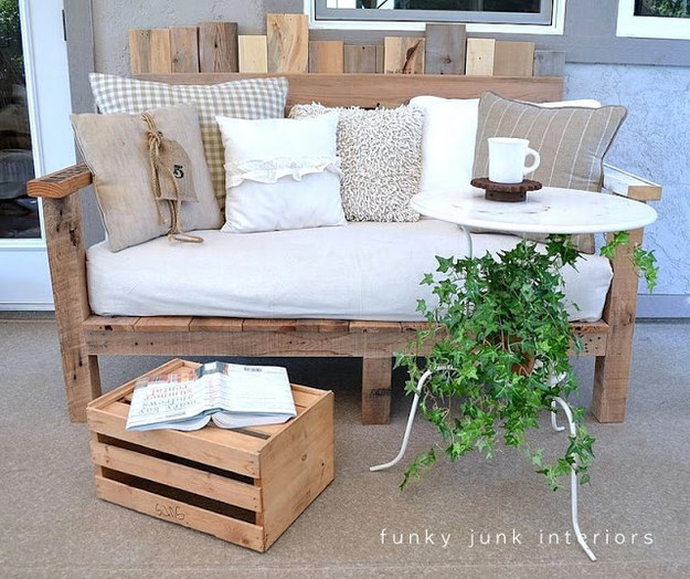 23 Insanely Awesome DIY Backyard Furniture Ideas