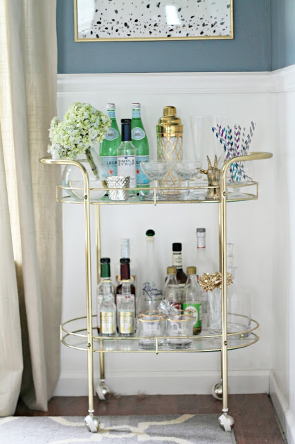 Delightful Comact Bar Cart Design Ideas for Small Spaces