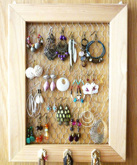 20 Most Functional DIY Jewelry Storage Design Ideas To Stop The Mess In Your Home