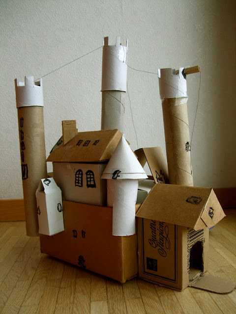 19 Insanely Awesome & Easy To Make DIY Cardboard Kids Games