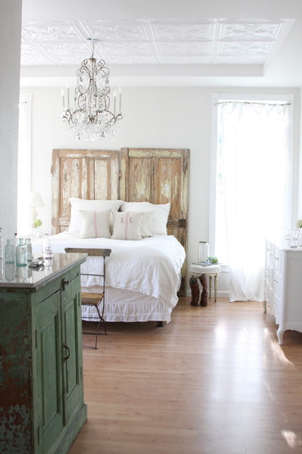 17 Beautiful & Bright Bedroom Design Ideas