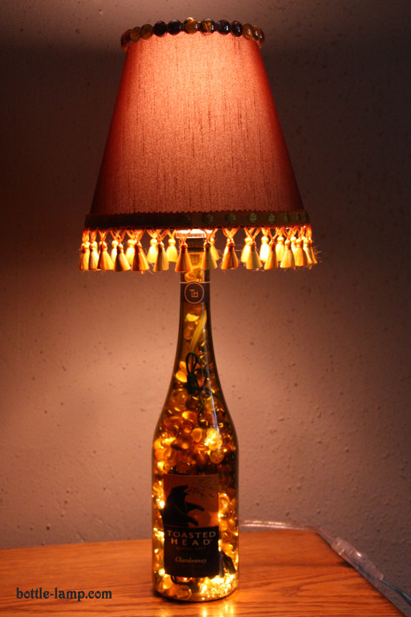 19 Inexpensive Amp Creative Diy Wine Bottle Lighting Ideas
