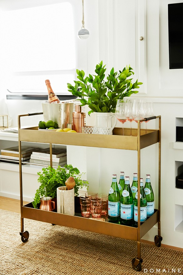 15 Delightful Comact Bar Cart Design Ideas for Small Spaces