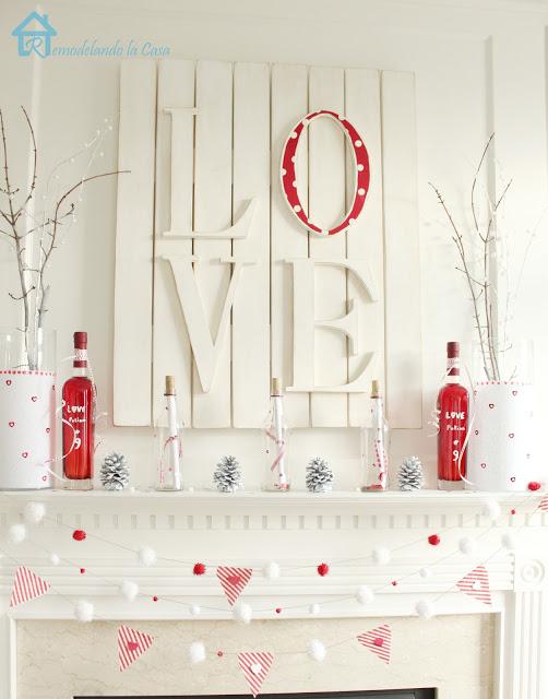 Spectacular DIY Pallet Art: 19 Brilliant Valentine's Day Decorations