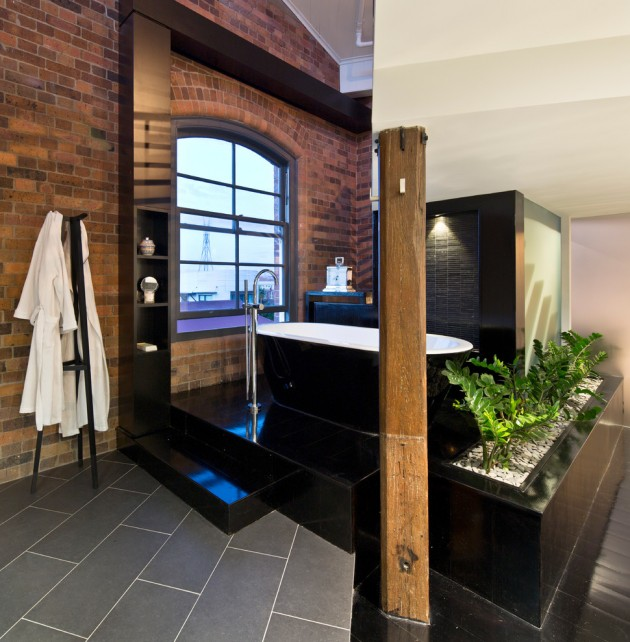 Modern Home Decor: 15 Striking Industrial Bathroom Designs With Modern Features