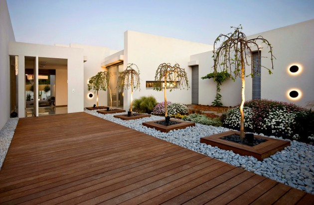 A House At Caesarea. 16 Captivating Modern Landscape Designs ...