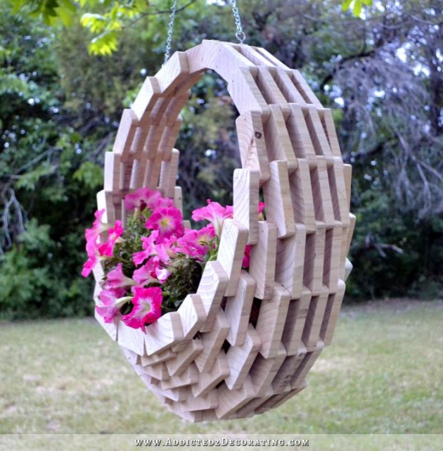 28 Truly Fascinating & Low Budget DIY Garden Art Ideas You Need To Make This Spring