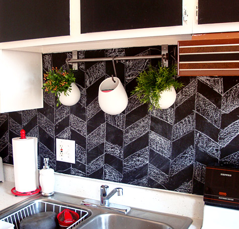 17 Cool & Cheap DIY Kitchen Backsplash Ideas To Revive Your Kitchen
