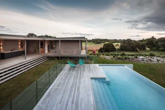 18 Exceptional Contemporary Swimming Pool Designs For The Sunny Days