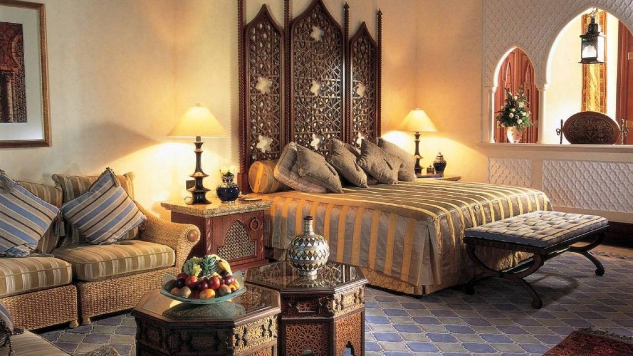 Indian Interior Design Ideas For Dramatic Warm Atmosphere
