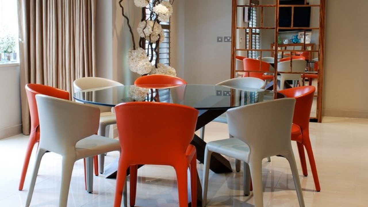 Picture of: 17 Classy Round Dining Table Design Ideas
