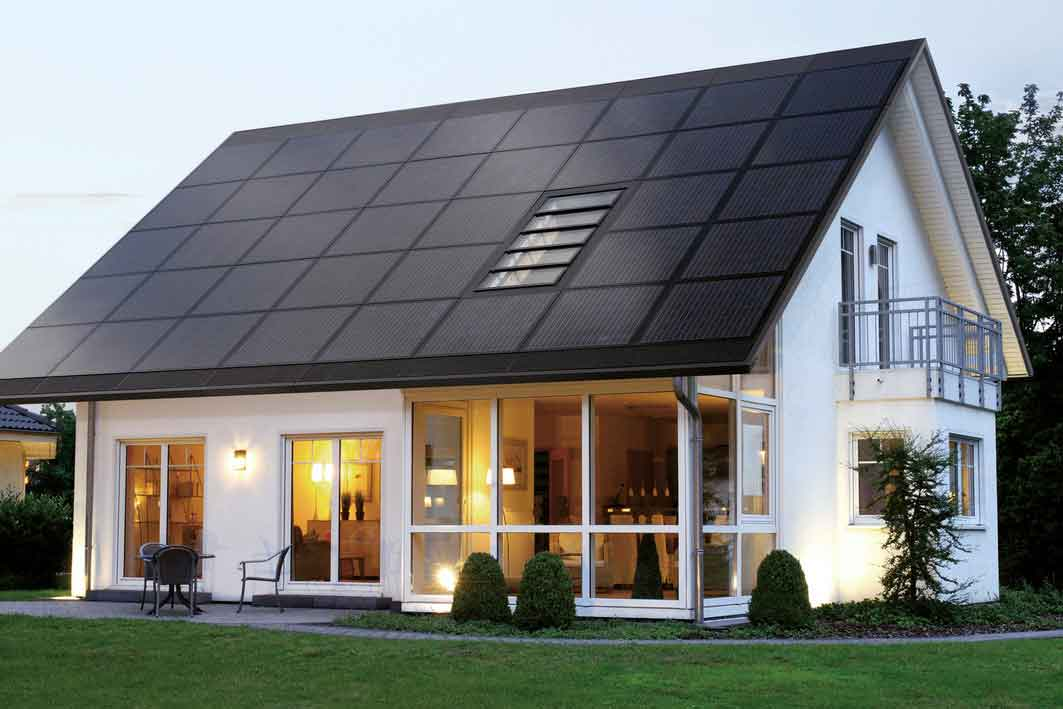3 great ideas for building a modern eco friendly home for Solar powered home designs