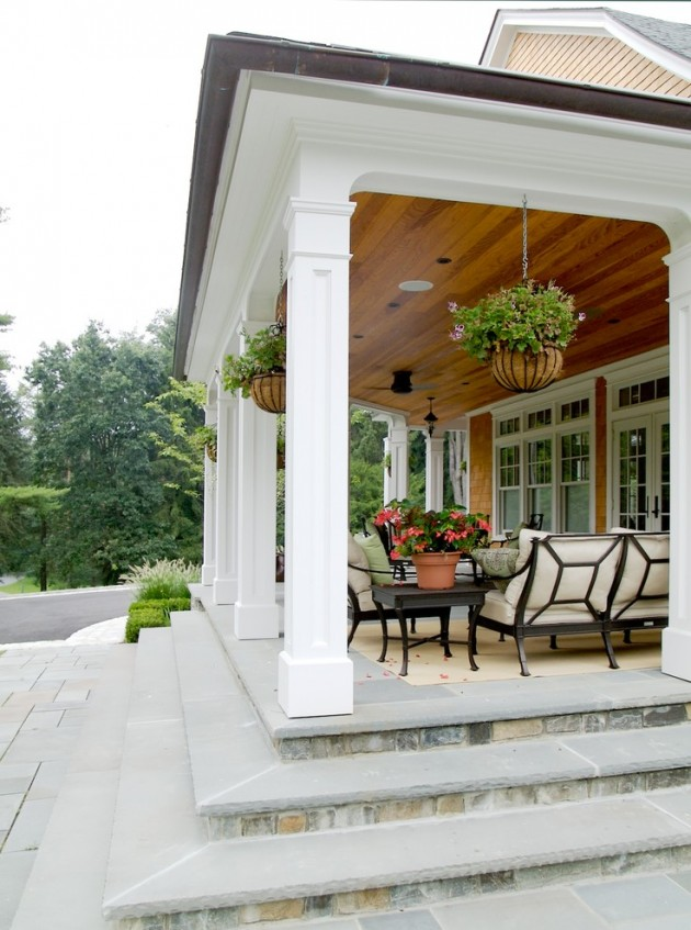 15 classic traditional porch designs for ideas and inspiration for Patio inspiration ideas