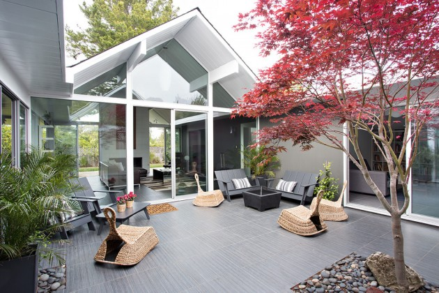 Superb 16 Exceptional Mid Century Modern Patio Designs For Your Outdoor Spaces