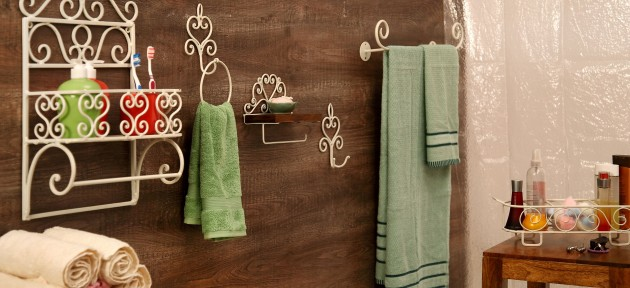 16 The Cheapest DIYs To Improve The Look Of Your Bathroom