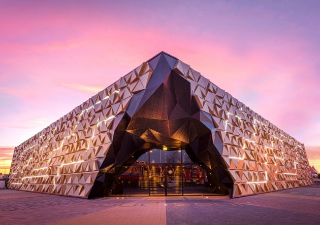 Goud Souk by Liong Lie Architects