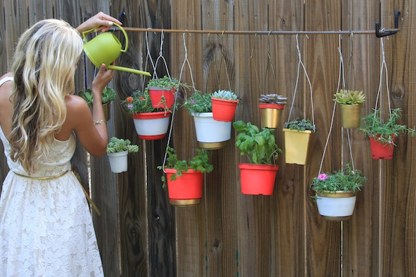 21 Extremely Awesome DIY Projects To Beautify Your Garden This Summer