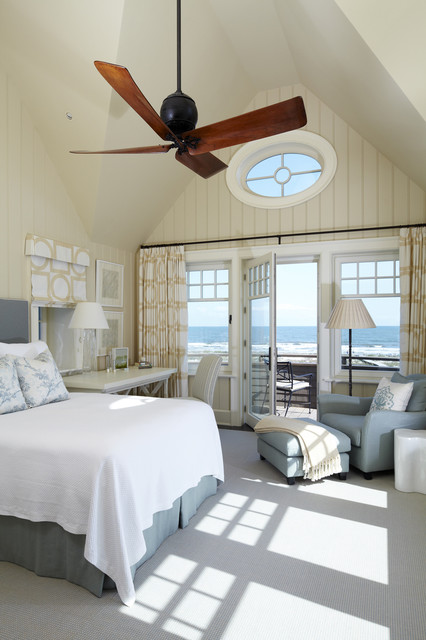 17 Captivating Beach Style Bedroom Design Ideas