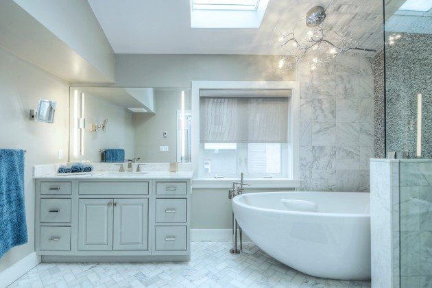 15 Gorgeous Transitional Bathroom Interior Designs You
