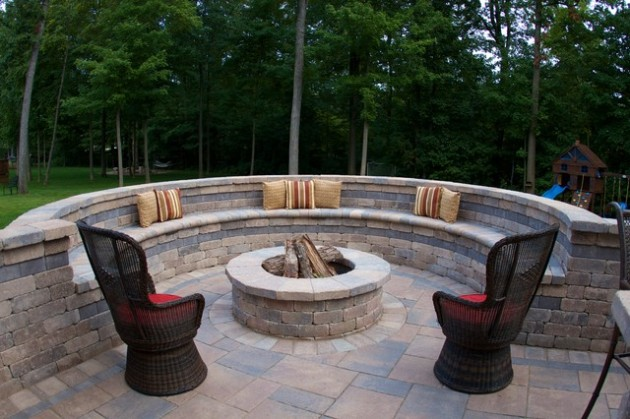 18 Effective Ideas How To Make Small Outdoor Seating Area on Small Garden Sitting Area Ideas id=94917