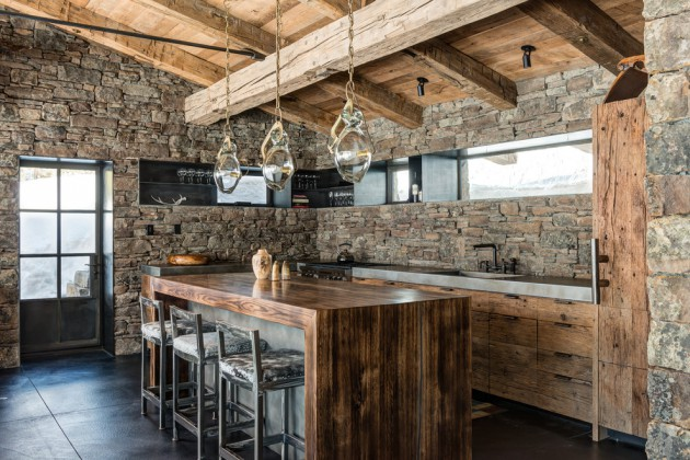 17 Beautiful Rustic Kitchen Interiors Every Rustic Residence Needs
