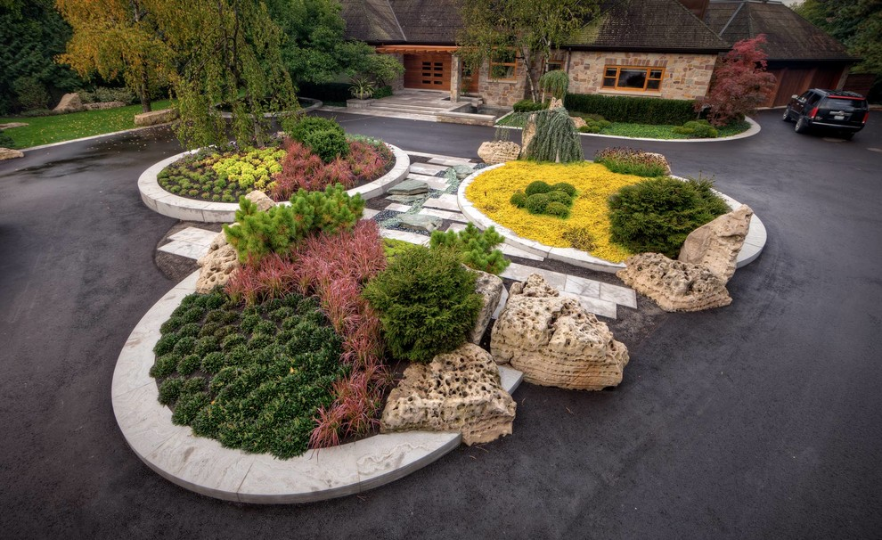 18 Impeccable Transitional Landscape Designs To Make The Best Use