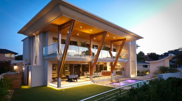 10 Irresistible Contemporary Houses That You'll Be Admired Of