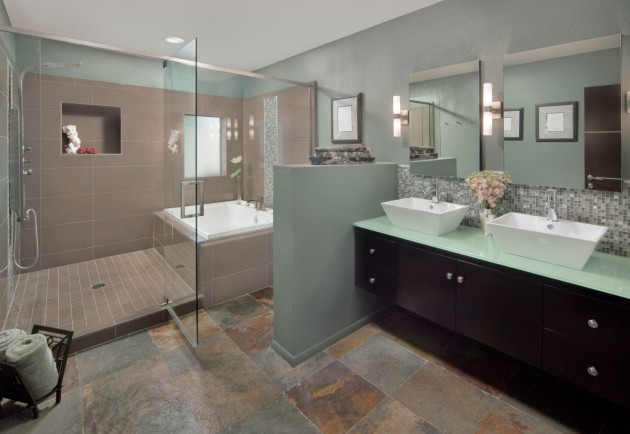 See What a Buyer Sees: Looking At Your Bathroom With New Eyes