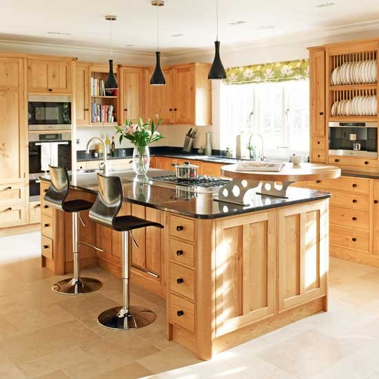 Traditional Kitchen Lighting Ideas Pictures: 16 Stunning Designs Of Classy Wooden Kitchens