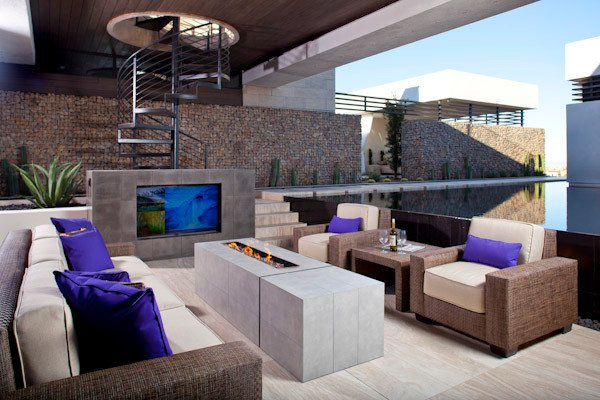 23 Remarkable Outdoor Living Room Designs