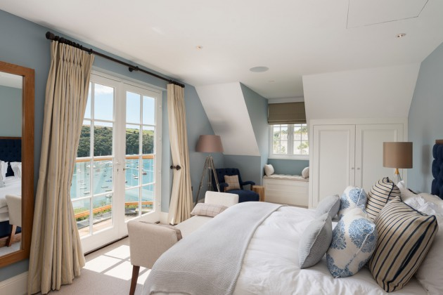 soothing coastal bedroom designs   perfect place