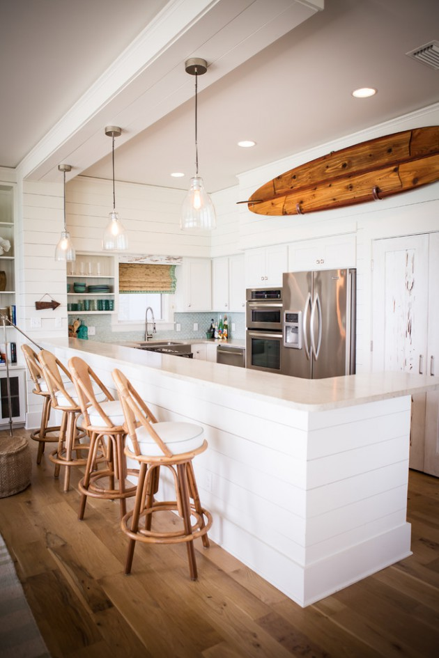 18 fantastic coastal kitchen designs for your beach house for Beach house kitchen ideas