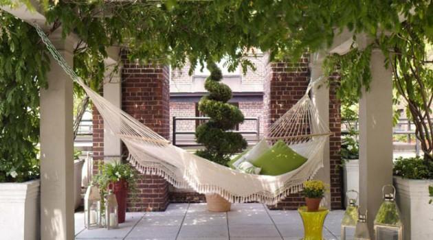 15 Really Cool Outdoor Hammock Designs
