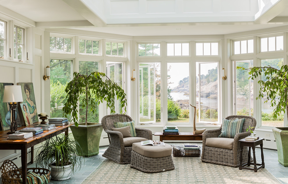 20 peaceful coastal conservatory designs you can enjoy all for Conservatory interior designs