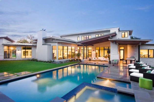 10 Stunning Contemporary Homes With Swimming Pool