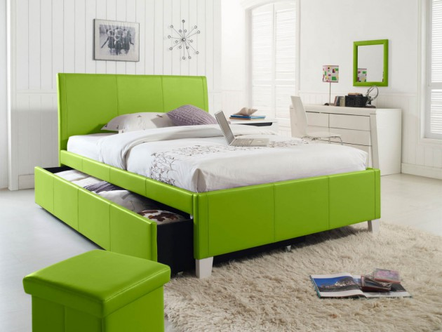 18 Refreshing Interior Designs With Green Accents