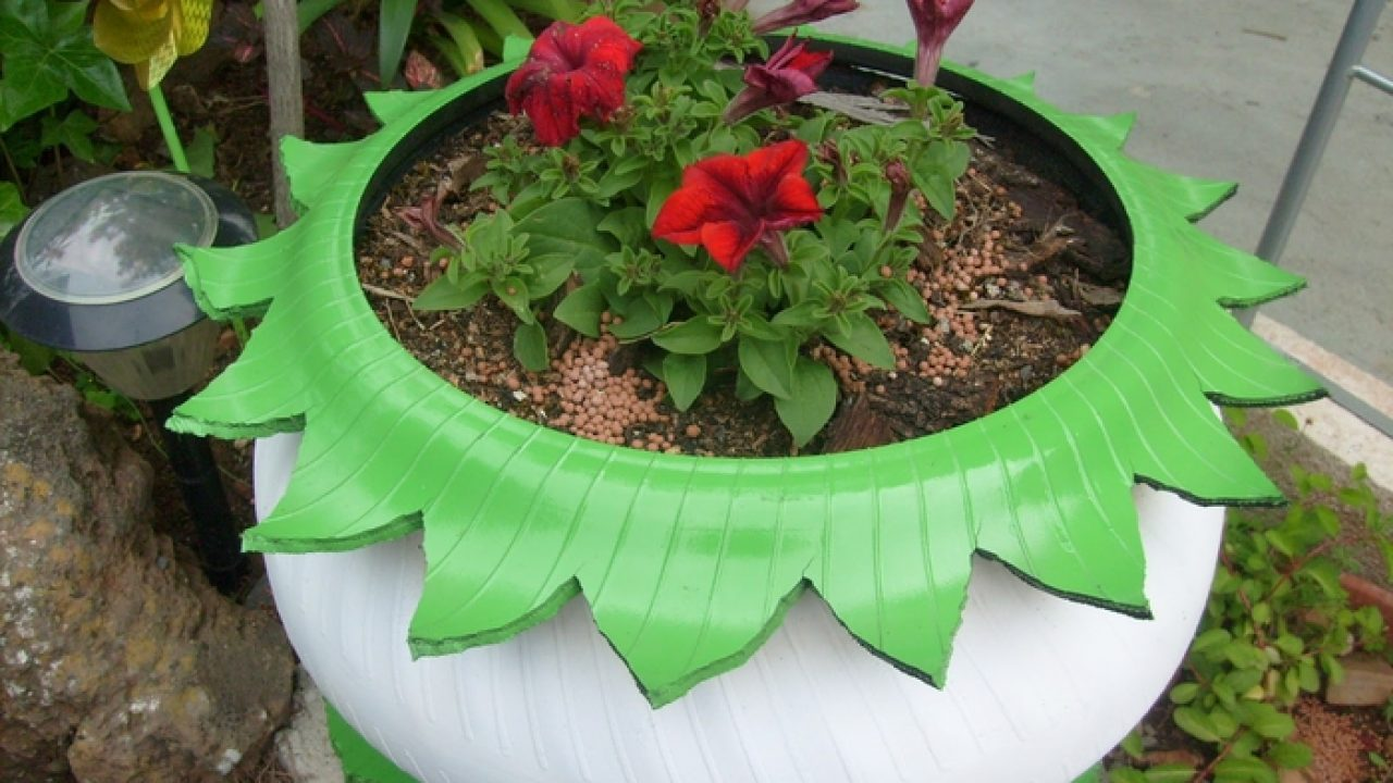 17 Inspirational Ideas How To Recycle Old Trash Into Beautiful